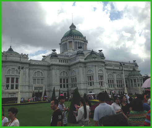 Ananta Samakhom Throne Hall (Grand Palace) in Bangkok - Brentwood Travel
